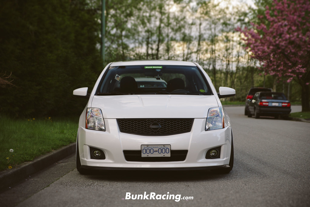 2010 nissan sentra se r spec v front eugene chan flickr. Black Bedroom Furniture Sets. Home Design Ideas