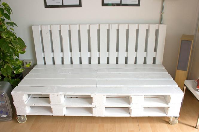 Sofa pallets dadu estudio nuestro nuevo sof artesanal a for Sofa exterior a medida
