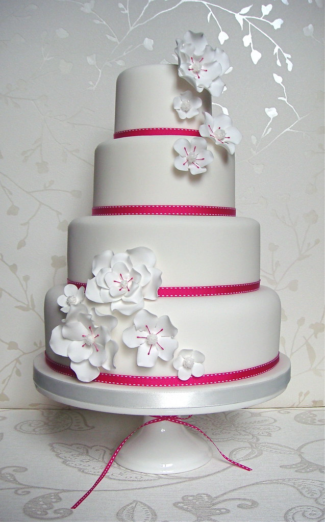Hot pink & white wedding cake Hot pink & white wedding cak? Flickr