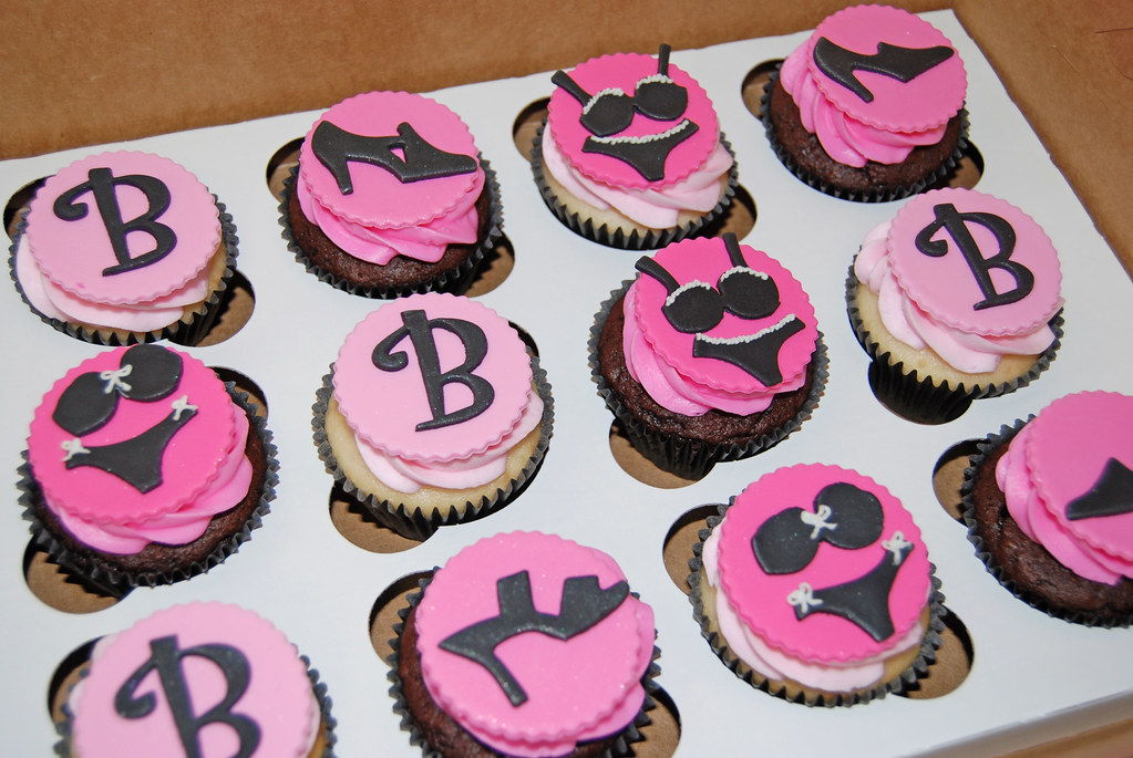 Pink And Black Bachelorette Party Cupcakes
