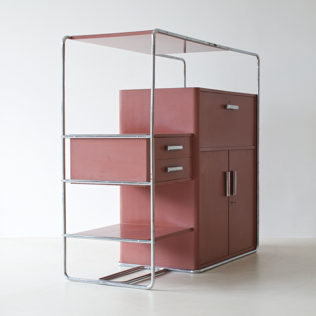 bauhaus cabinet by bruno weil for thonet ref 02113. Black Bedroom Furniture Sets. Home Design Ideas