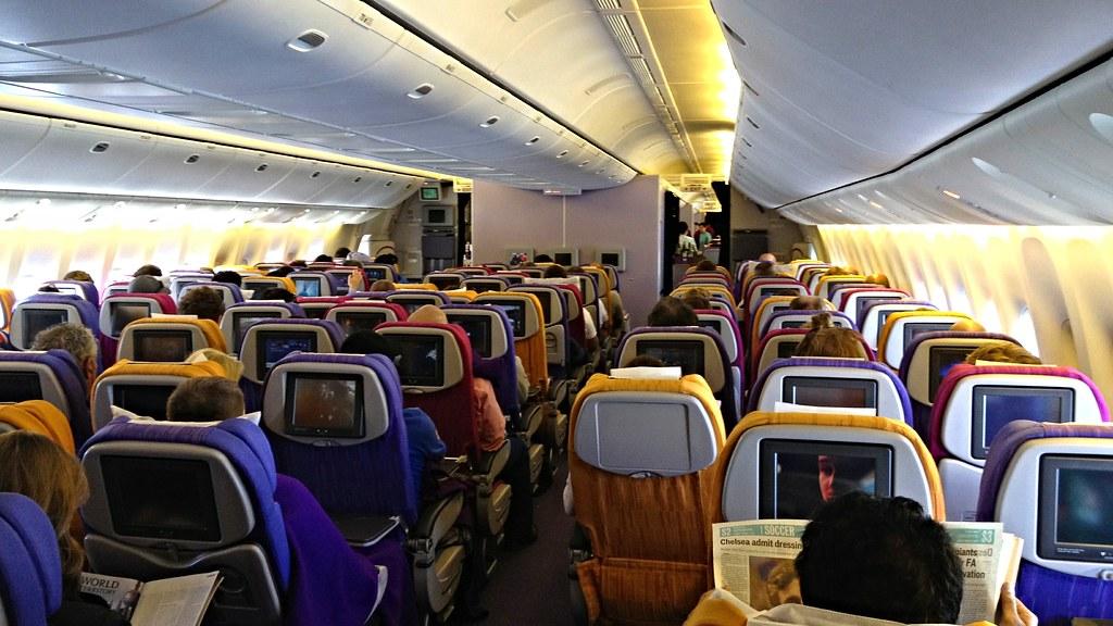 Thai Airways Boeing 777 300 Tg 474 Heading To Bangkok Fr