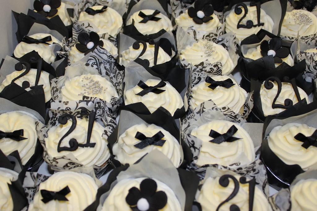 St Birthday Cakes Grey And White