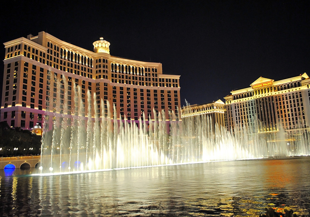 dancing fountains at the bellagio las vegas strip kev cook flickr. Black Bedroom Furniture Sets. Home Design Ideas