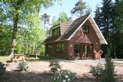 Vrijstaand huis met de veluwe in je achtertuin te huur bij for Huis te huur in gelderland