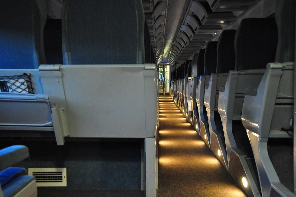 dans le train voiture renaissance de via rail canada abdallahh flickr. Black Bedroom Furniture Sets. Home Design Ideas