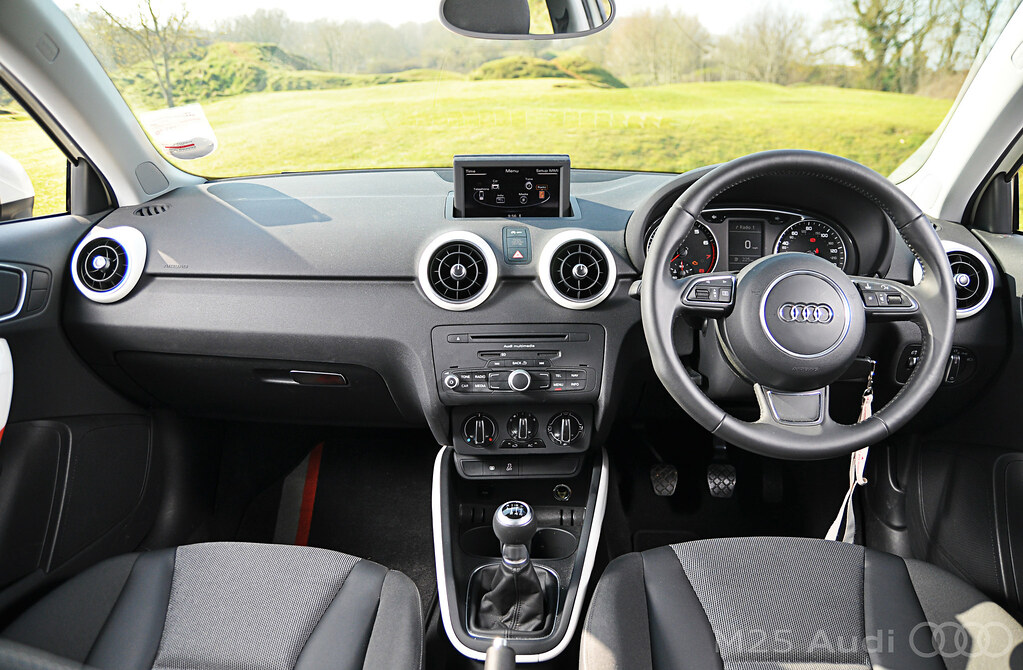 audi a1 competition line interior inside the audi a1 compe flickr. Black Bedroom Furniture Sets. Home Design Ideas