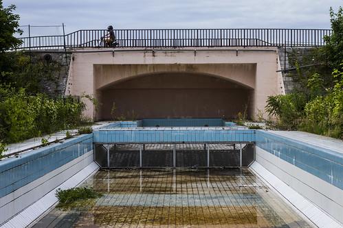 Piscine de la jonction nevers flickr photo sharing for Construction piscine nevers