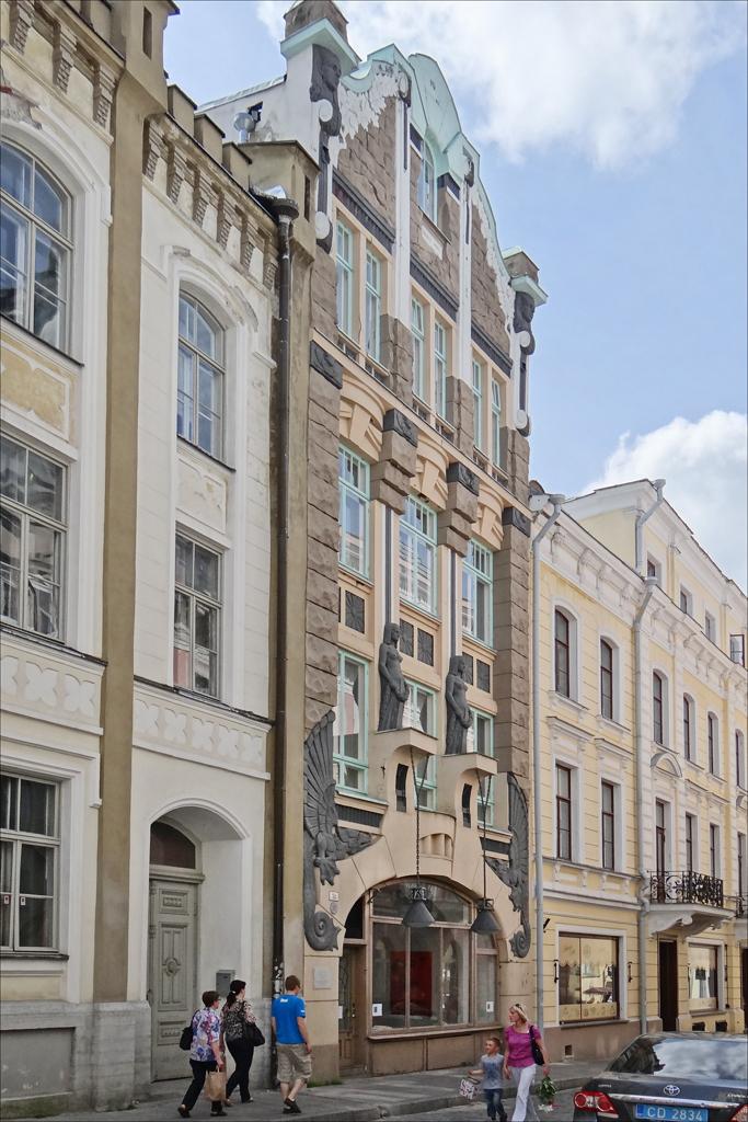 Immeuble art nouveau tallinn la rue pikk avec l for Architecte 3d wikipedia
