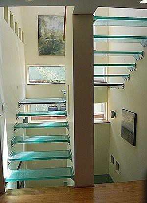 Escalera volada en u de vidrio 144831 danieleralte flickr for Escaleras en u