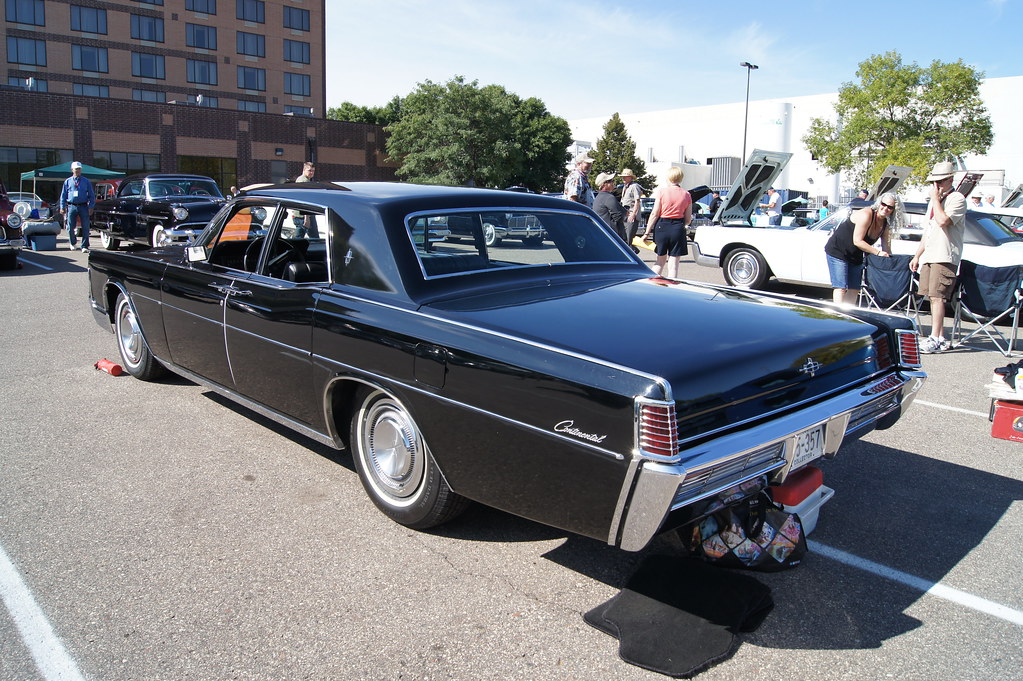 North Park Lincoln >> 68 Lincoln Continental | Lincoln & Continental Owners Club 2… | Flickr