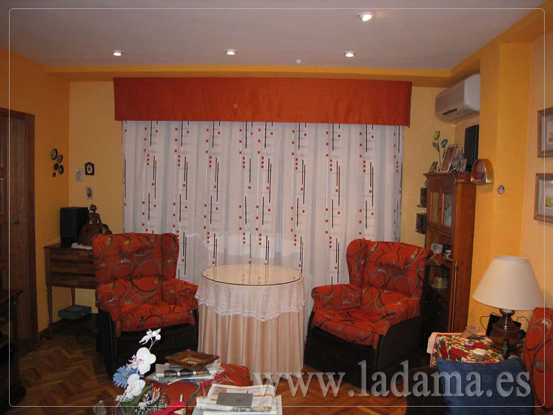 Decoraci n para salones cl sicos cortinas con dobles cort - Decoracion salones cortinas ...