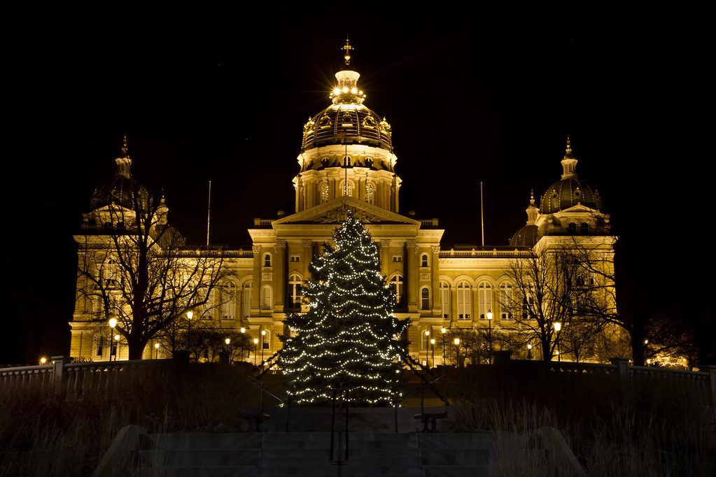 Merry Christmas From Des Moines Follow Me Here Too