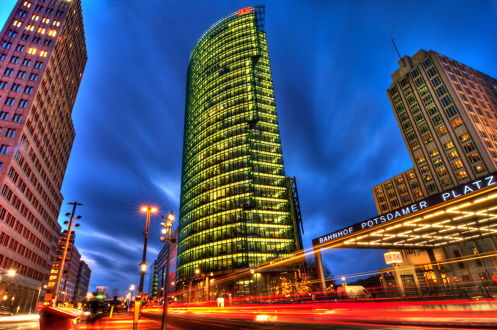 Potsdamer platz at night hit l for a more spectacular for Creative jobs berlin