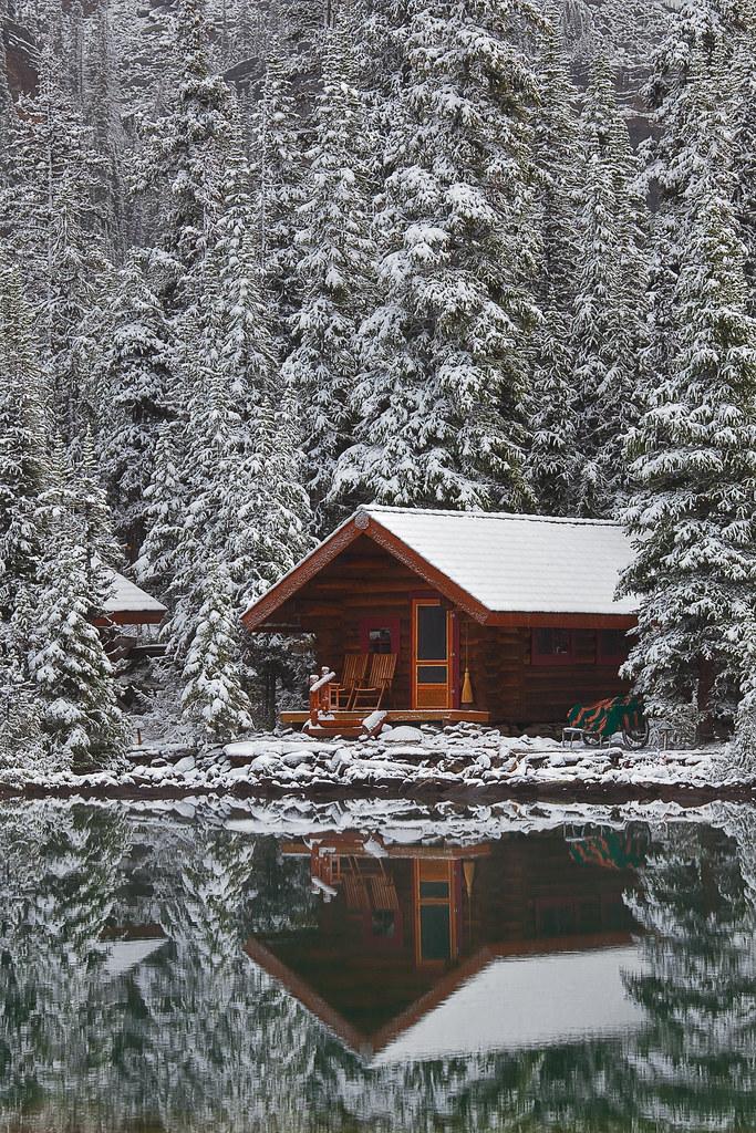 Rustic Cabin Of Lake O Hara Lodge In Snow Elegant Rustic