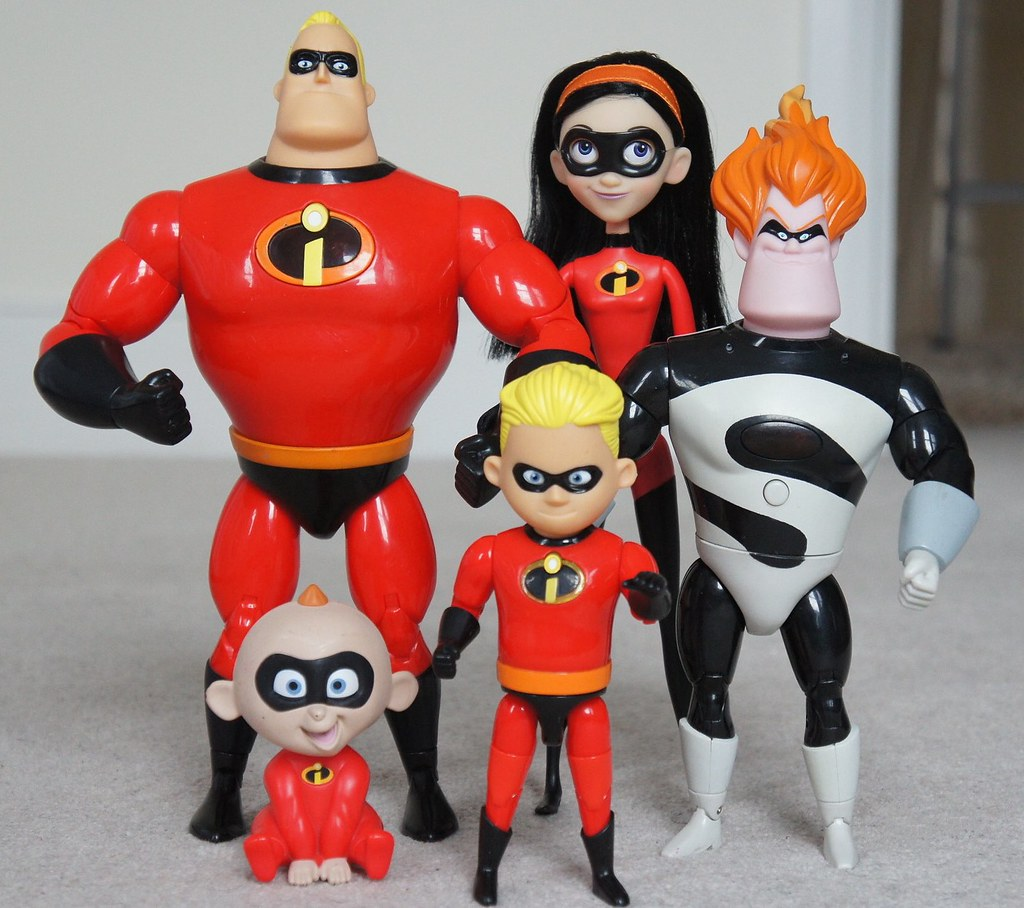 The Incredibles Toys : The incredibles cast mr incredible originally from