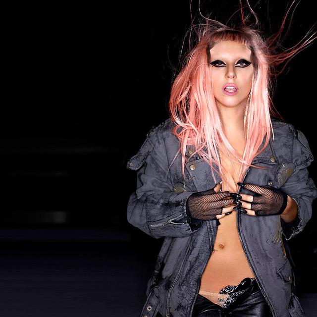 Lady Gaga Travel Around The World Lyrics