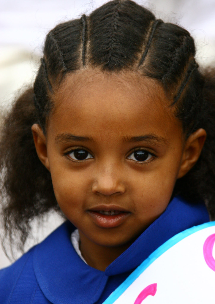 Little Girl From Asmara With Traditional Hairstyle Eritre Flickr