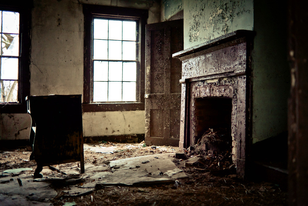 abandoned house living room | old house in kentucky | Flickr