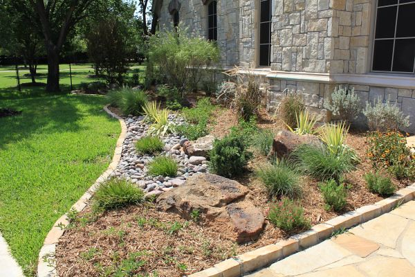 Custom landscape design dallas for Custom garden designs
