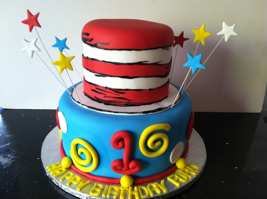 Cat In The Hat Cake Ideas
