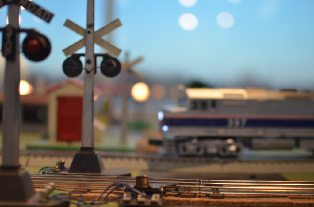 Toy Train Railroad Crossing | Toy Train Railroad Crossing ...