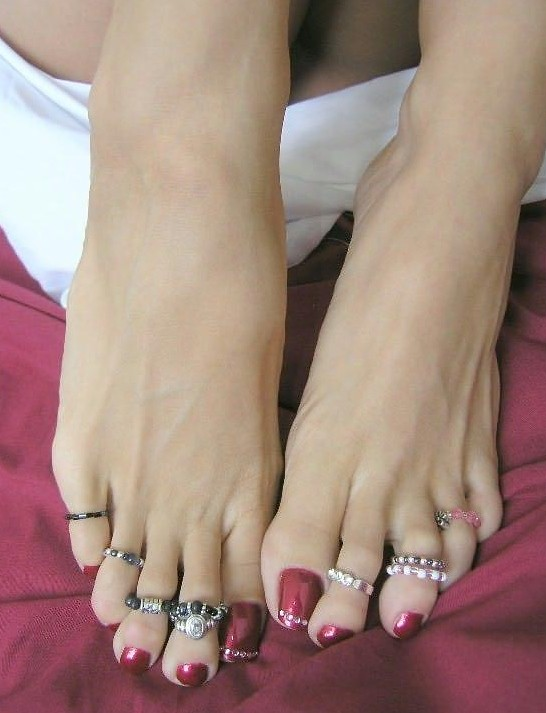 Long Toes With Toe Rings