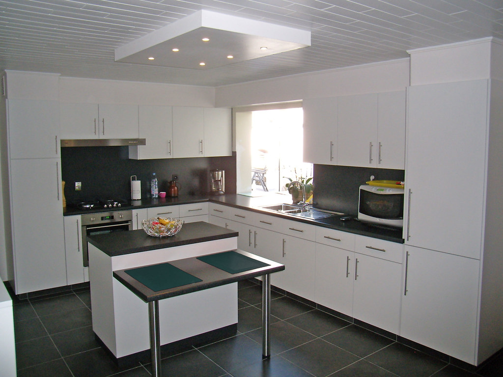 Renovatie keuken b na foto voor renovatie van keuken b flickr - Fotos van keuken amenagee ...
