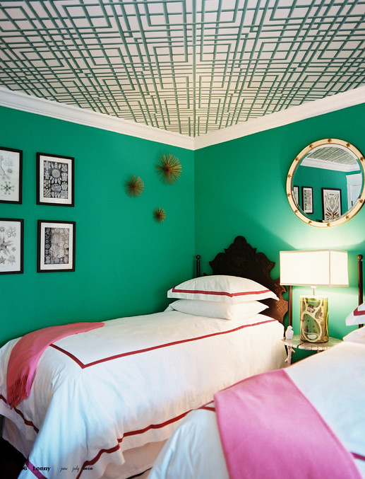 Bright green pink bedroom 39 kelly green 39 by benjamin moo for R kelly bedroom boom