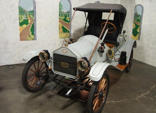 1912 metz model 22 roadster top installed 2 flickr photo sharing. Black Bedroom Furniture Sets. Home Design Ideas