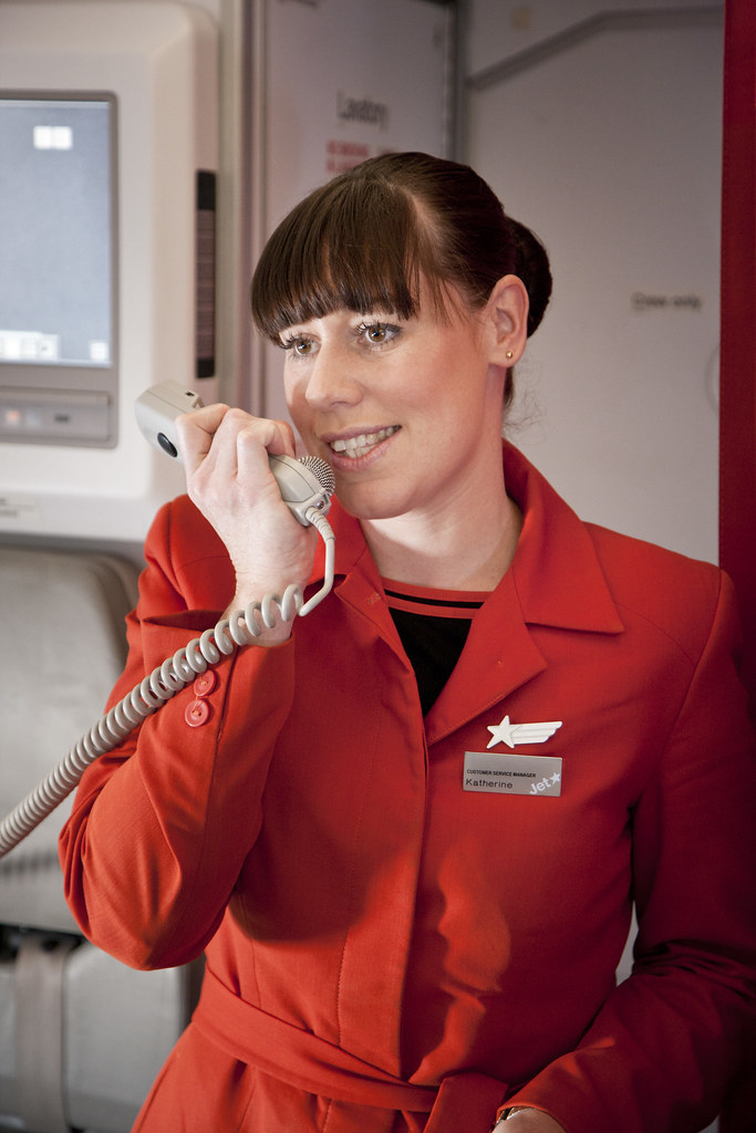 how to become a cabin crew member
