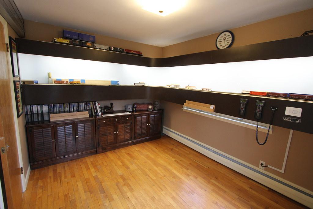 Ho switching shelf layout