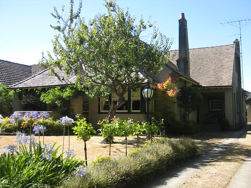 An Arts and Crafts Style Mansion - Ballarat