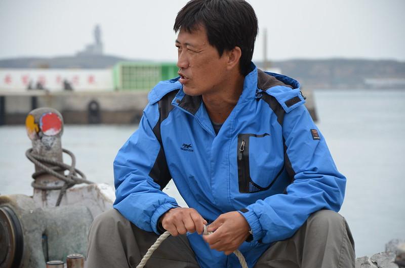 葉生鵬在當土魠船長之前,是靠潛水打魚。攝影:潘佳修。