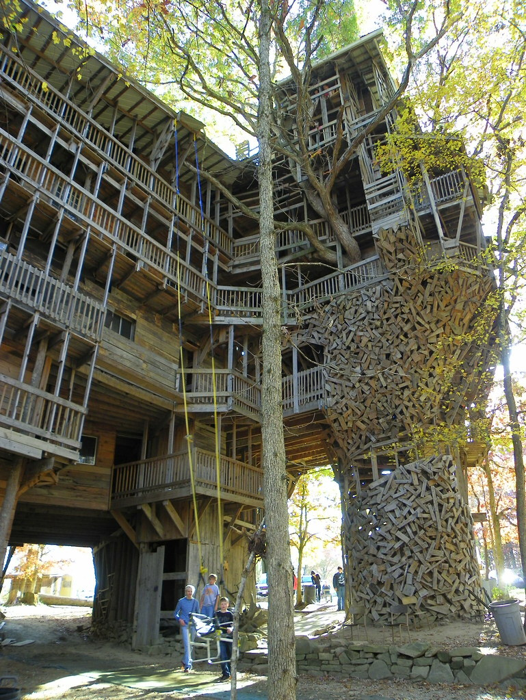 side view of the worlds largest treehouse crossville cum flickr