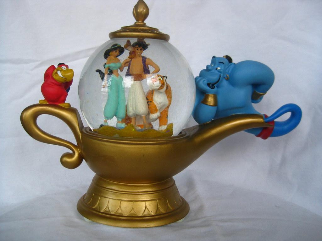 Aladdin Genie Lamp Toy