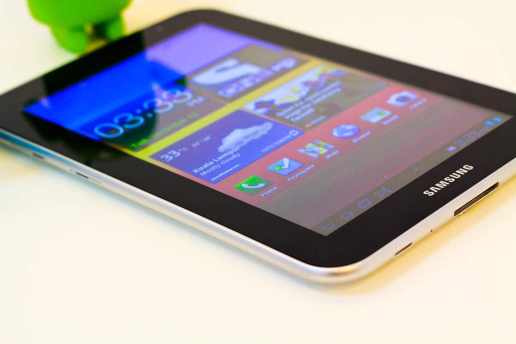 samsung galaxy tab 7 0 plus read my review here in malay