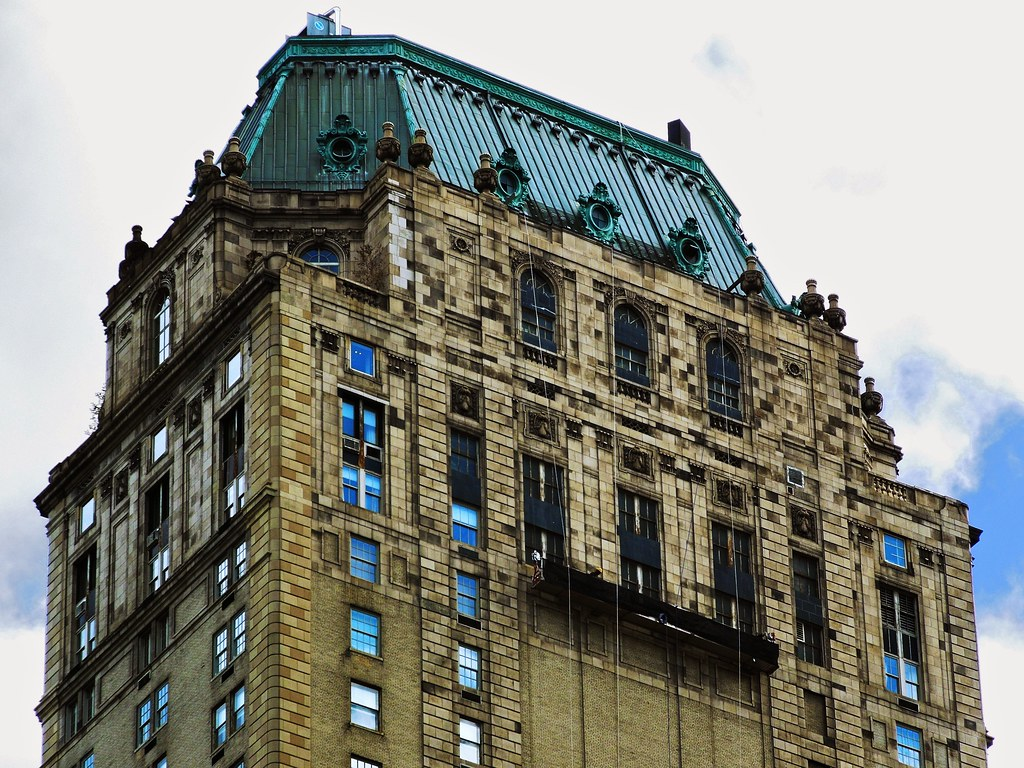 The pierre hotel 2 east 61st street at fifth avenue new for Pierre hotel new york