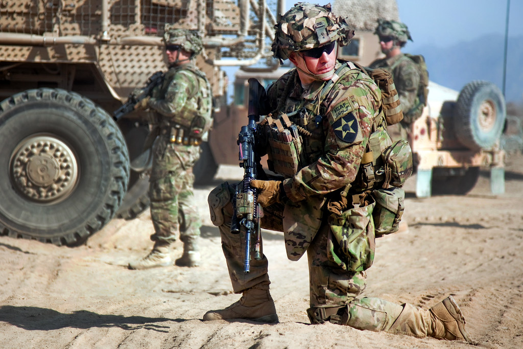 Take A Knee A Soldier With 2nd Infantry Division S 5th