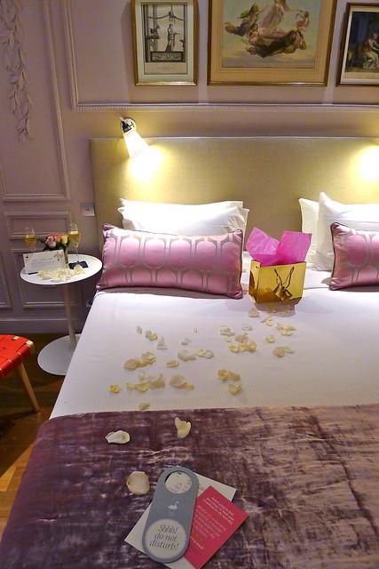 Chambre romantique h tel la belle juliette flickr for Chambre romantique paris