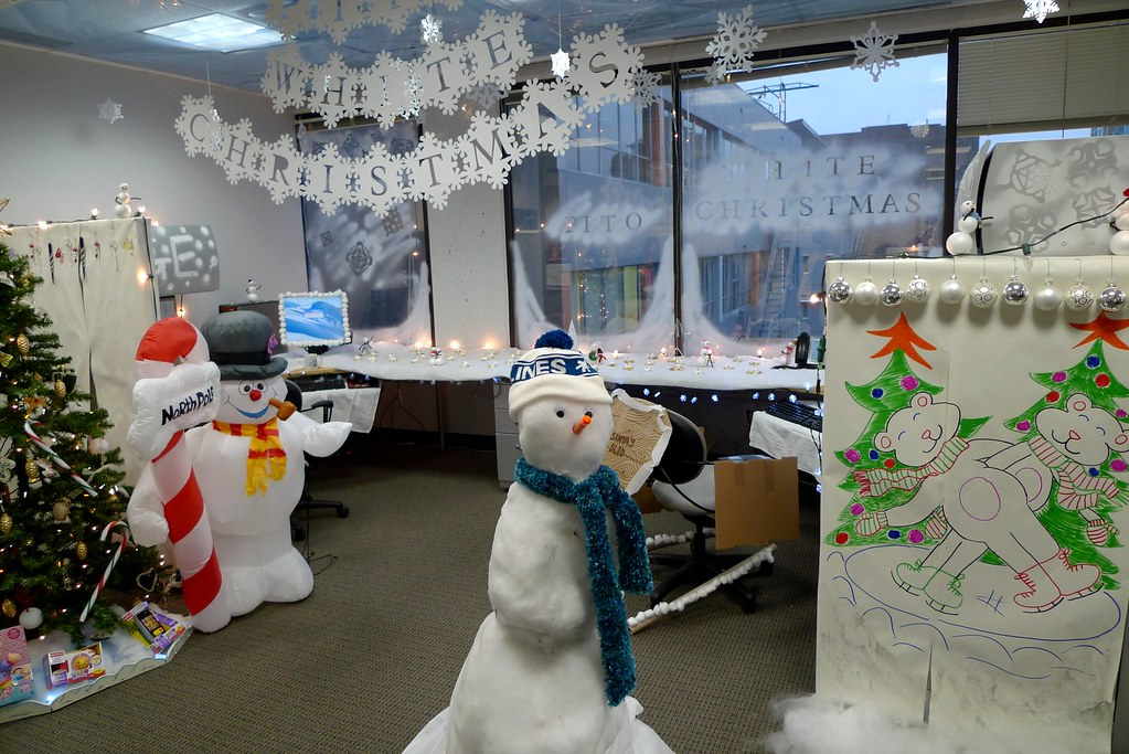 Office christmas decorating contest ruth hartnup flickr for Xmas office design