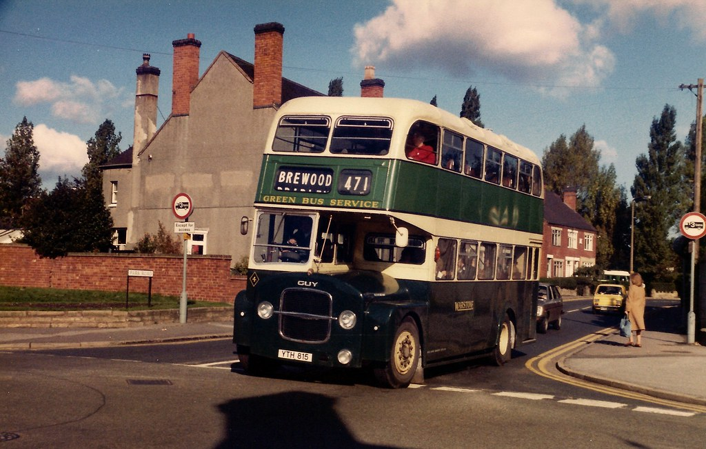 YTH815 - Cannock 1980 | Green Bus Service's first double ...