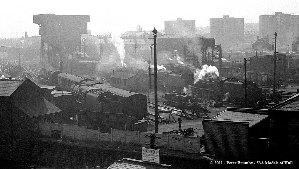 14/09/1963 - Holbeck (55A) shed, Leeds. | View of the yard ... Negative Sign