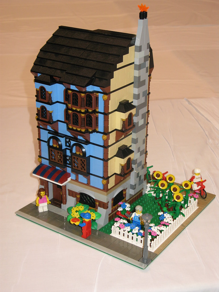 Medieval Market Townhouse This Modular Style Townhouse