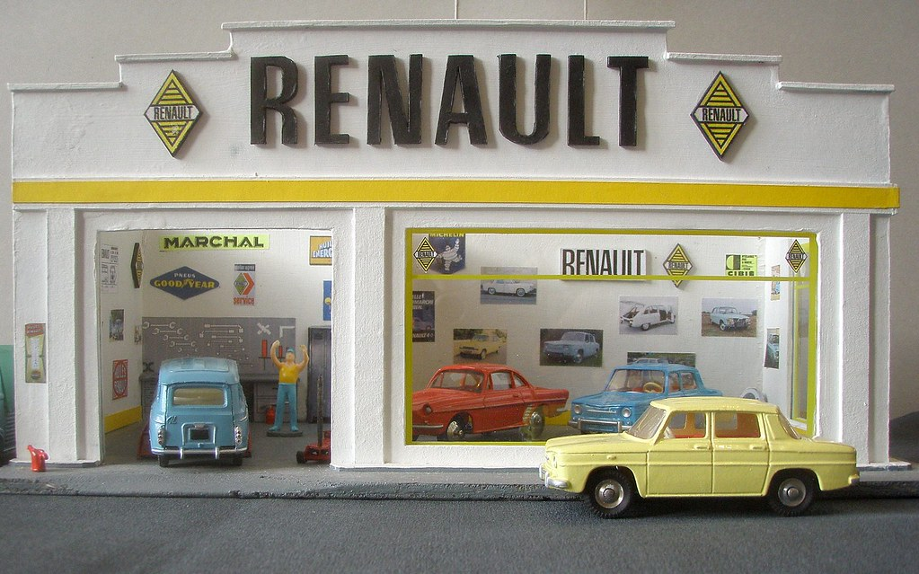 garage renault 1 43eme d c2011 petite construction. Black Bedroom Furniture Sets. Home Design Ideas