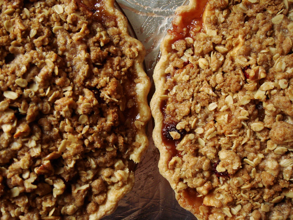Apple Cranberry Crumb Pie | All butter pie crust from Cook ...