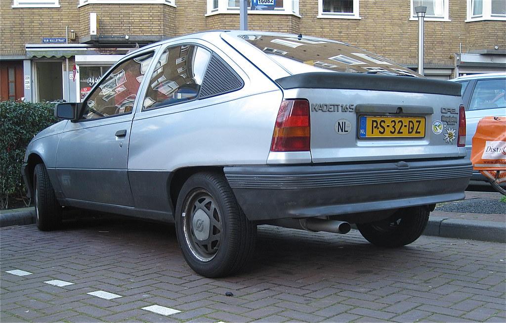 Opel e kadett 1 6sh gt 18 6 1986 schaepmanstraat for Opel kadett e interieur