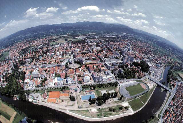 kraljevo   Panorama grada Kraljeva napravljena iz vazduha ...
