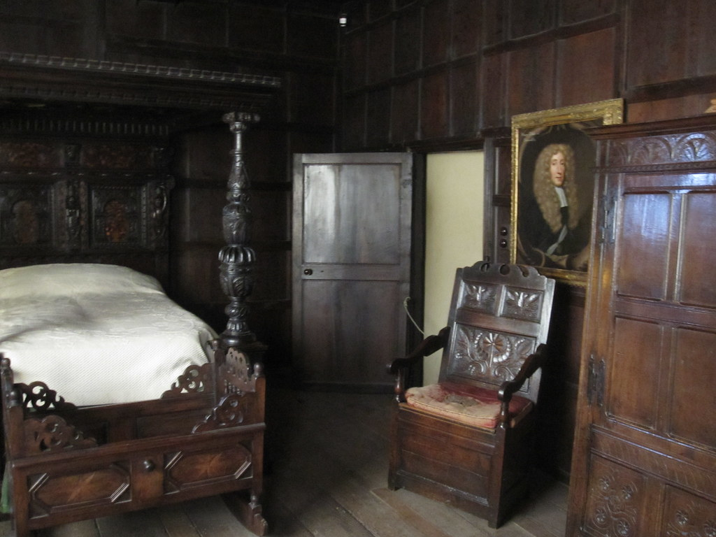 Jacobean bedroom kenilworth castle john hackston flickr for Tudor style bedroom