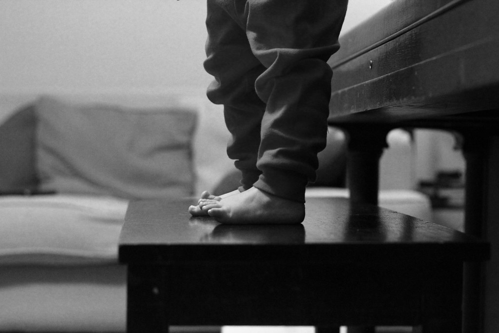 ~ bench monday tiny toes edition ~ - 2/365 OK, confession...… - Flickr~ bench monday tiny toes edition ~ - 웹